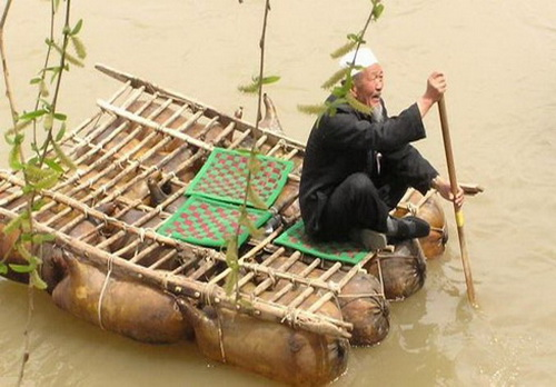马师傅-漂流在黄河上的老筏工