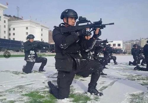 看了兰州特警蓝剑突击队这组动作,才知什么叫特警!