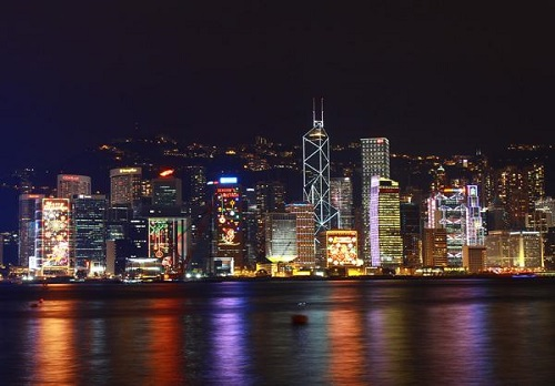 夜色迷离,城市不眠!这些城市的夜景,你被哪个惊艳了?