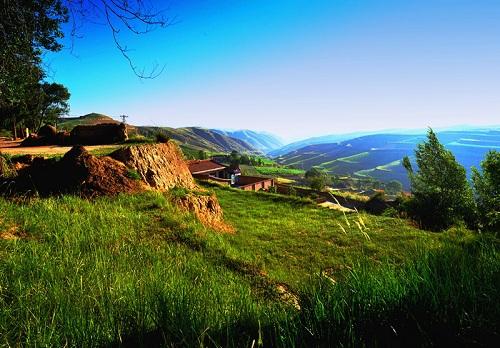 在西北的黄土高原上,这座城矗立了两千年,宁静而又祥和
