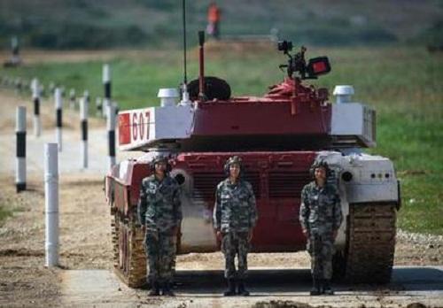 """""""俄罗斯搭台,中国唱戏"""",中国坦克表现神勇!"""