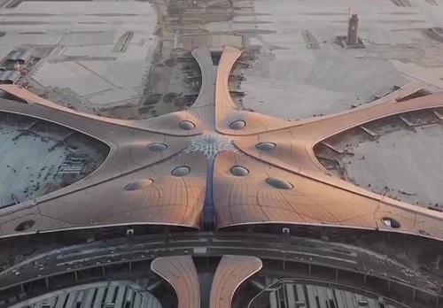 中国又双叒火了!世界最大的单体机场,仿佛未来场景一般!