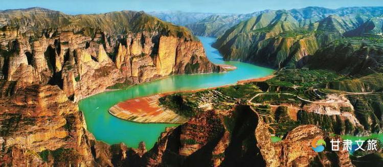 以争创黄河三峡国家5a级旅游景区为目标,加快旅游项目建设,完善旅游